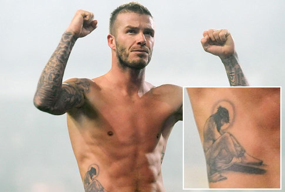 alg-12-pack-abs-and-lots-of-tattoos-david-beckham-jpg